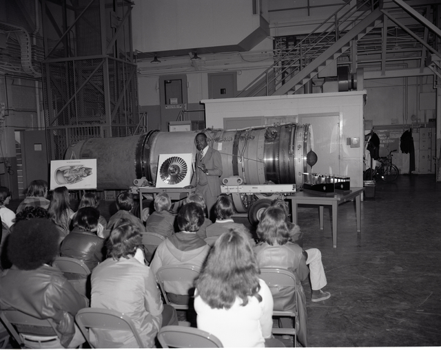SYMPOSIUM 1978 AERONAUTICS AND INDUSTRIAL AND COMMUNITY NOISE