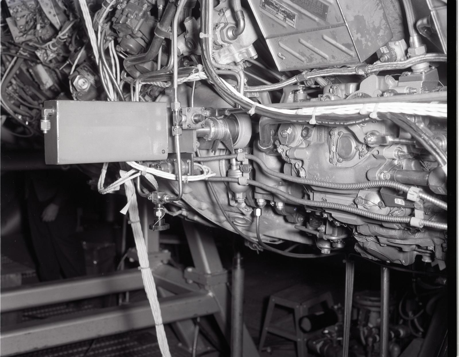 TF-34 ENGINE