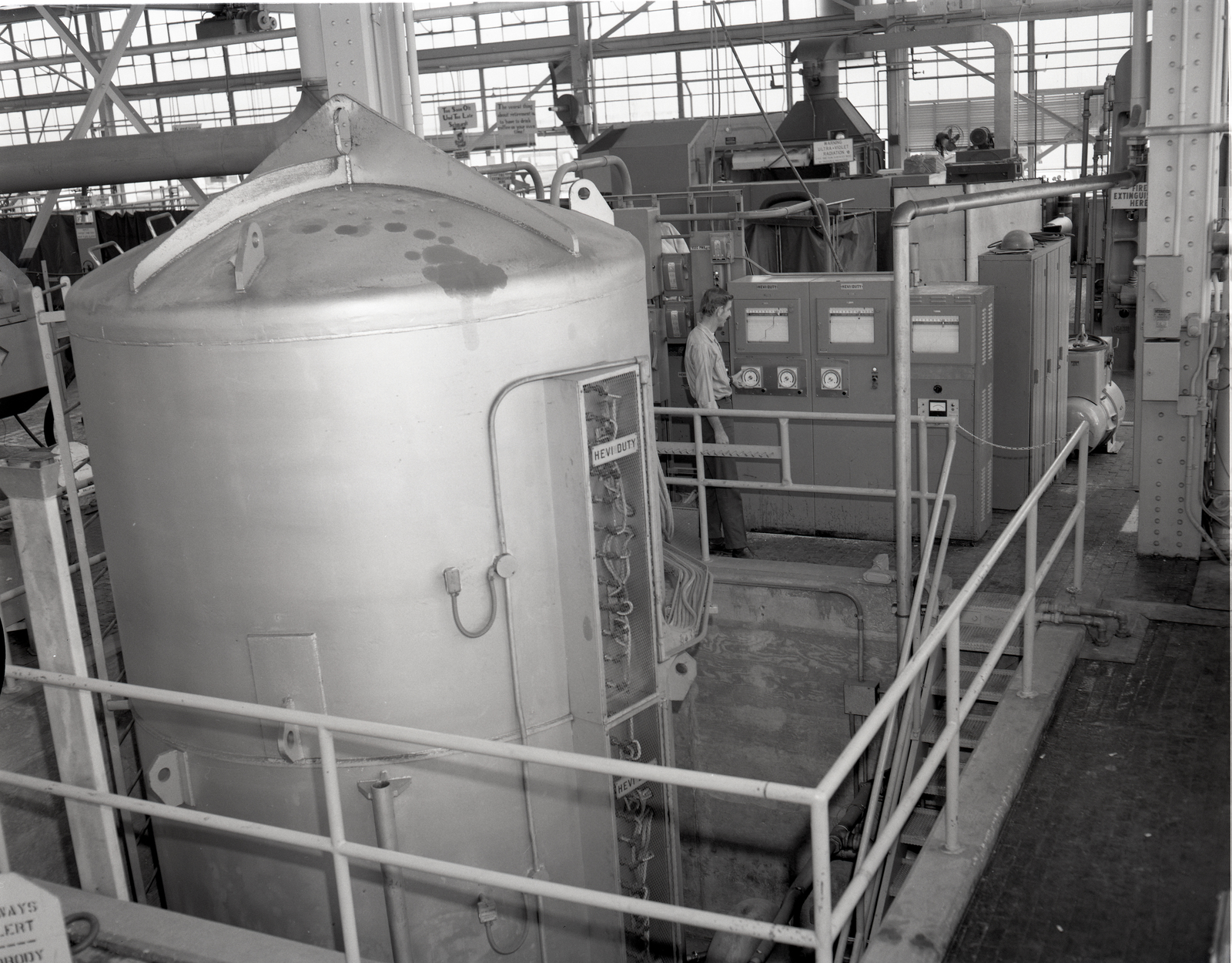 VARIOUS VACUUM FURNACE EQUIPMENT AT THE FABRICATION SHOP AND TECHNICAL SERVICES BUILDING TSB