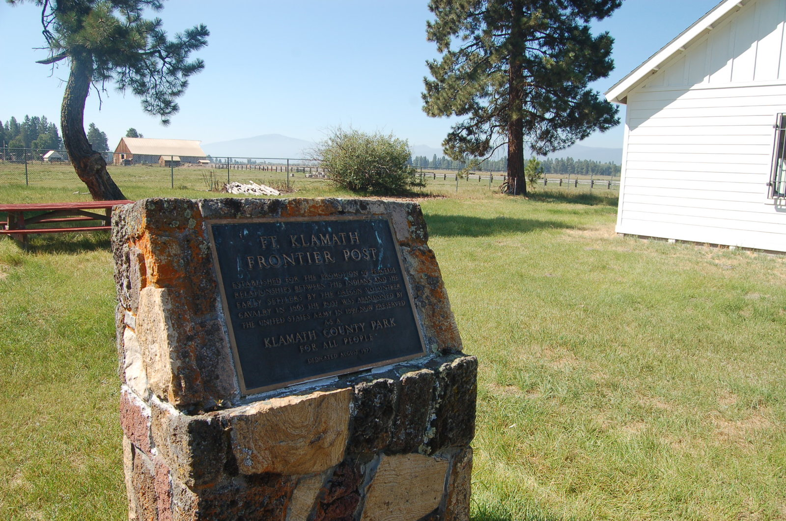 Volcanic Legacy Scenic Byway - Marker at Historic Fort Klamath