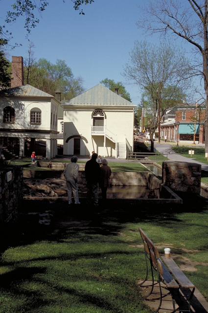 Washington Heritage Trail - Hot Spring Pool and Bathing Houses at Berkeley Springs