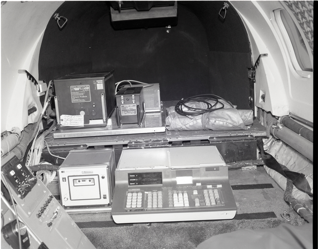 WINDOW AREA - CONSOLE - RESEARCH CONSOLES - REAR DECK AND SCANNER