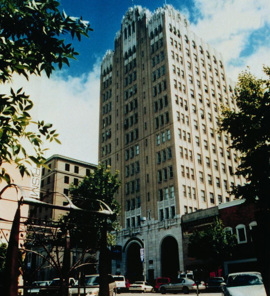 Woodward Avenue (M-1) - Automotive Heritage Trail - Downtown Pontiac