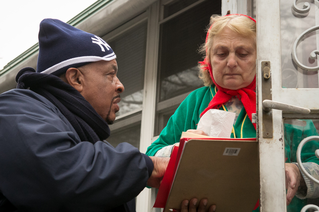 Coney Island, N.Y., Nov. 24, 2012 -- FEMA Community Relations Teams on the ground delivering information to survivors of Hurricane Sandy in the Coney Island area. FEMA is working with state and local officials to assist residents who were affected by Hurricane Sandy. Chris Ragazzo/FEMA