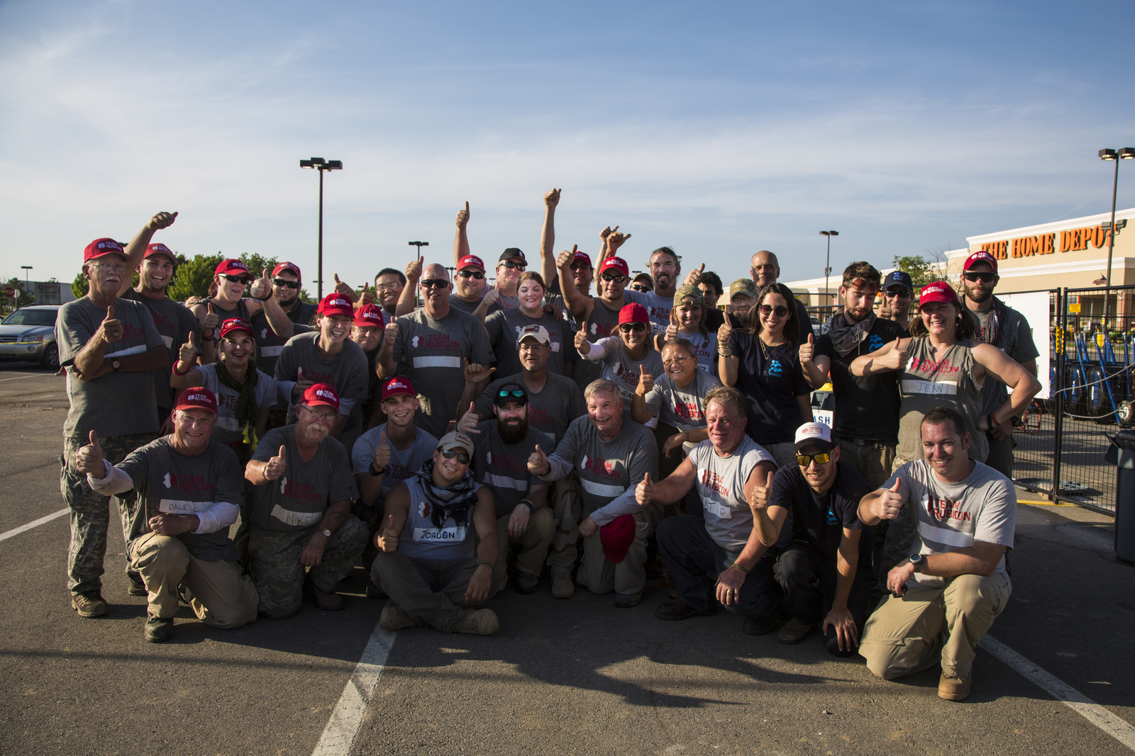 Conway Ar May 20 2014 Team Rubicon Volunteers Gather For A