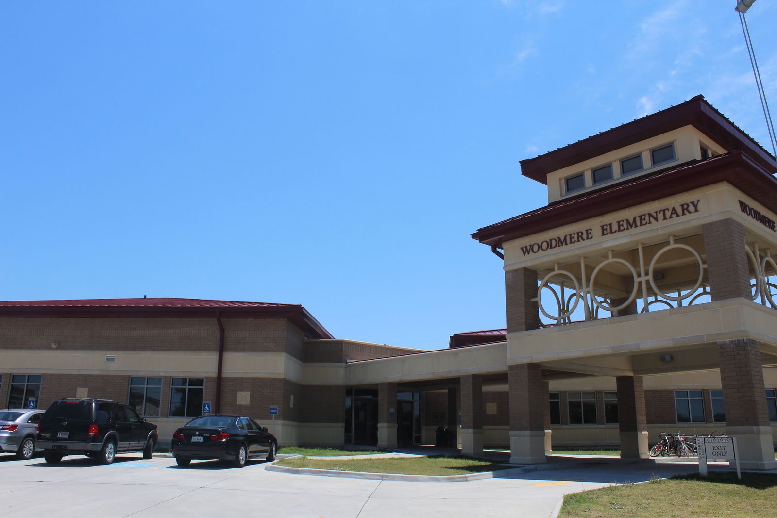 Jefferson Parish, La., May 14, 2013 -- Woodmere Elementary was originally built in 1984 and was severely damaged during Hurricane Katrina. FEMA provided more than $22.4 million in funding to replace the facility. Lillie Long/FEMA