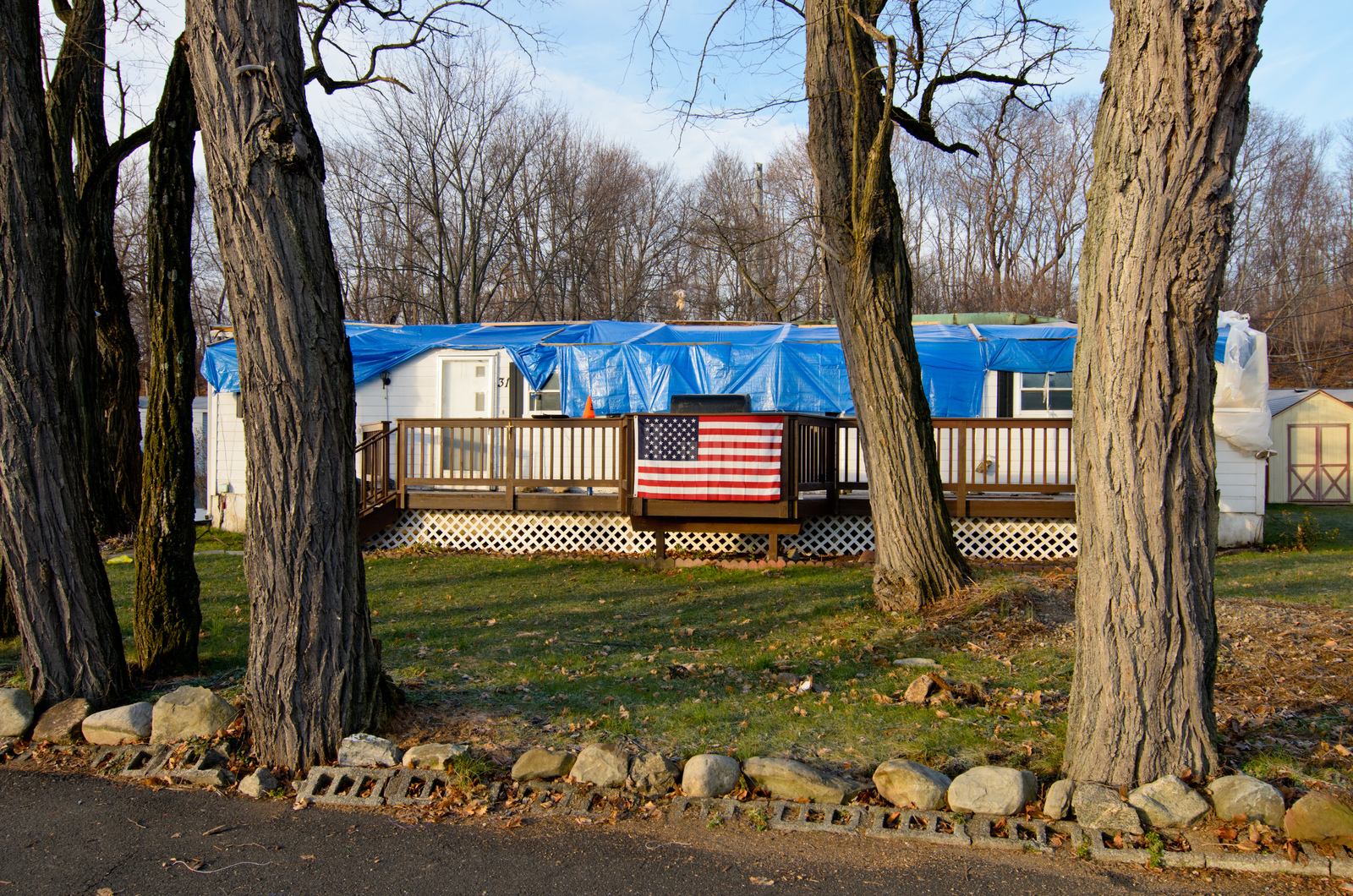 Stony Point, N.Y., Dec. 15, 2012 -- Ba Mar Basin manufactured homes park on the Hudson River in Stony Point , New York. Waterfront homes on Stony Point Bay were damaged by Hurricane Sandy. FEMA is providing assistance and support to residents of Rockland County, NY. Andre R. Aragon/FEMA