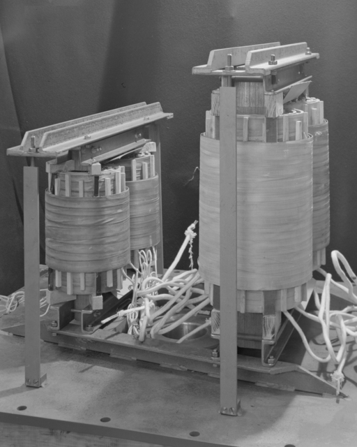 1/4 scale bevatron operating model. KVA dual insulator transformer (injector ion gun.) January 3, 1949. Bevatron Model-117. Model briefly referred to as the Cyclodrome