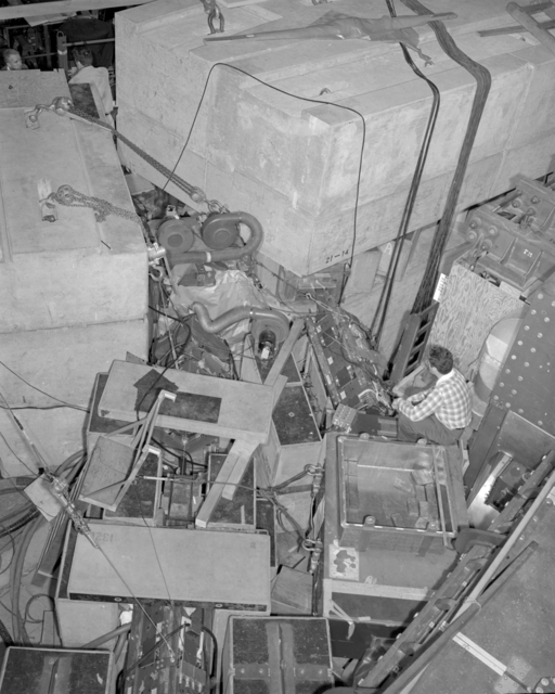 Cloud chamber with Howie Smith. Associated individuals: Leroy Kerth and Emilio Segre. Photograph taken November 28, 1951. Bevatron-976