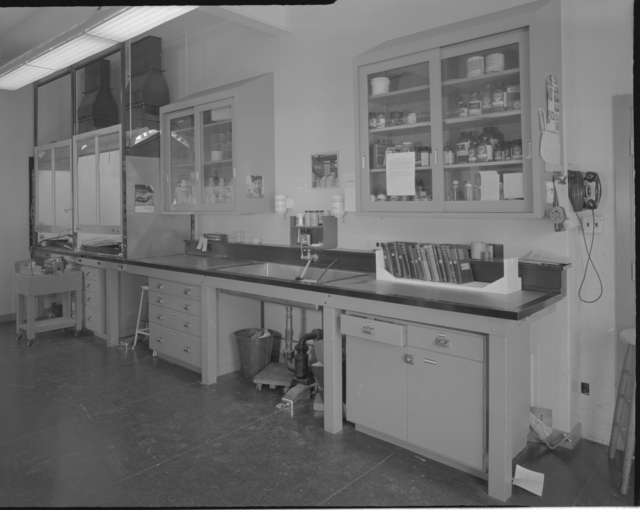Decontamination Department, building 5. Photograph taken May 5, 1958. Health Pro-589