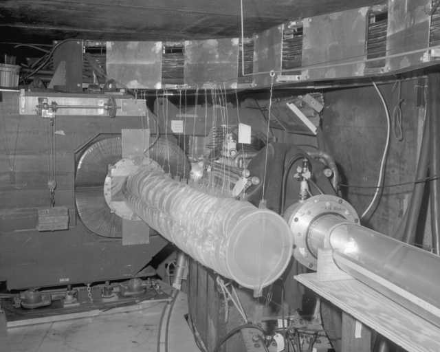 Ed Lofgren EPB experiment, Winter 1964. Photograph taken April 14, 1965. Bevatron-3775 – Photographer: Doug Bradley