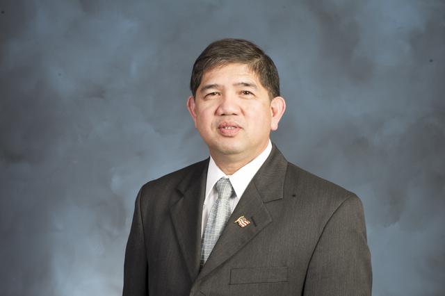 Emerging Professional Program (EPP):  Portrait of Dave DeLa Paz