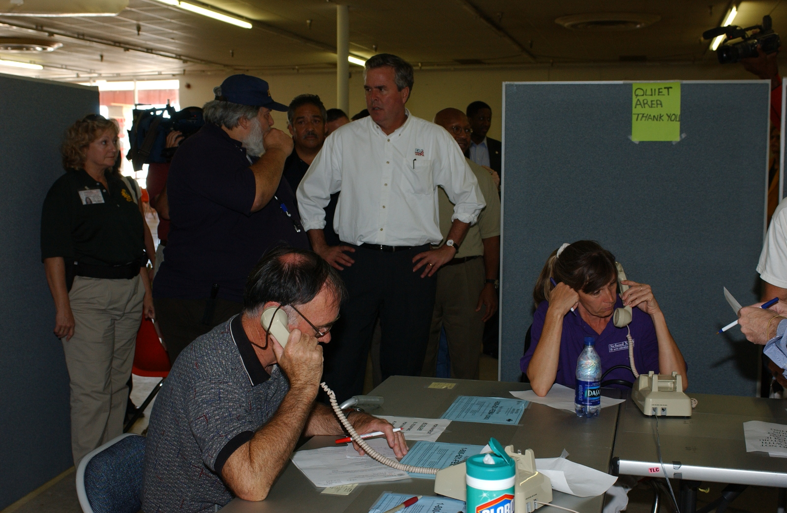 Hurricane Charley, Port St. Lucie, Florida.  [Disaster assistance center, visited by Secretary Alphonso Jackson and Florida Governor Jeb  Bush, among other officials.]