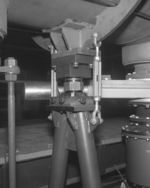 Linac low energy end support (close up view). Photograph taken October 20, 1961. Bevatron-2471 – Photographer: George Kagawa