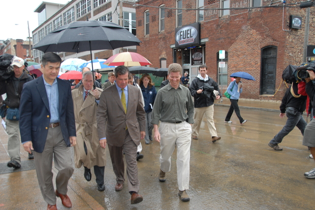 Nashville, Tennessee, [visited by] HUD Secretary Shaun Donovan and Commerce Secretary Gary Locke [in wake of] city's floods
