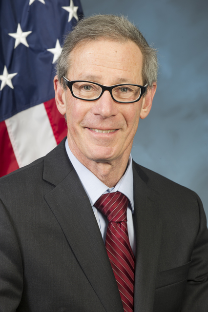 Official portrait of Bill Block, HUD Region X (Alaska, Idaho, Oregon, Washington) Administrator