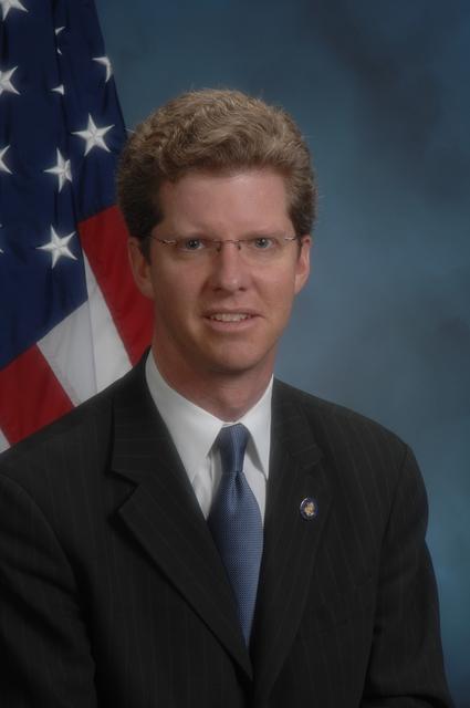 Official portrait of Secrertary Shaun Donovan