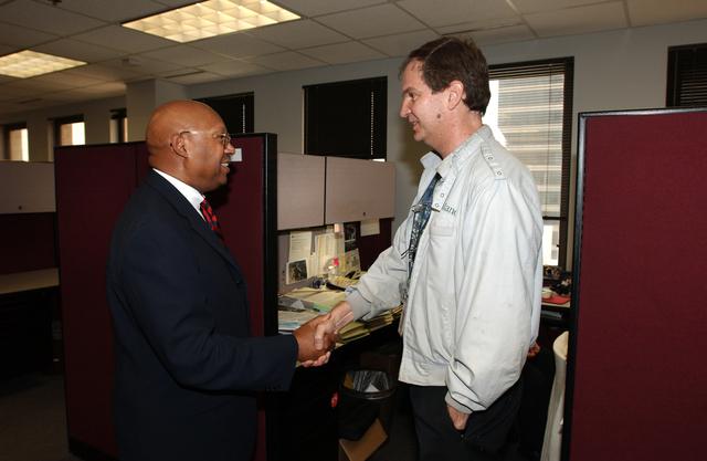 Secretary Alphonso Jackson with HUD Field Office staff in New Orleans, Louisiana