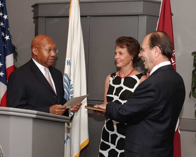Swearing-in of James Lockhart III as Office of Federal Housing Enterprise Oversight Director, with Secretary Alphonso Jackson [presiding]