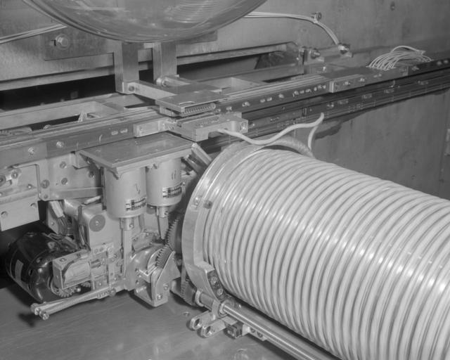 Tow mule Bevatron experiment facility gap-mounted flip target. Photograph taken December 29, 1965. Bevatron-3999 – Photographer: Doug McWilliams