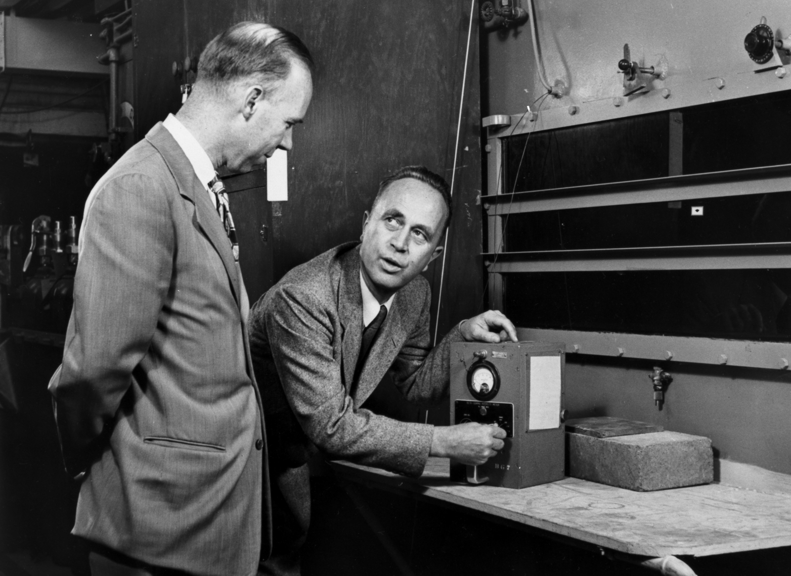 William Brobeck and Dr. Joseph Gilbert Hamilton, taken in 1955 or 1956 by  California Academy of Sciences, Moss Photography of San Francisco. Morgue  1956-12 (P-2) - U.S. National Archives & DVIDS Public Domain Search