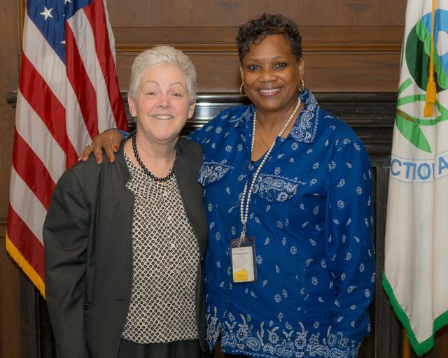 Office of the Administrator - Administrator Gina McCarthy with Gladys Stroman [412-APD-1207-2014-04-03_GladysStroman_004.jpg]