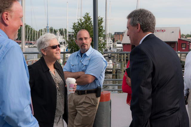Office of the Administrator - Annapolis Area - EPA Administrator Gina McCarthy visiting the Smithsonian Environmental Research Center [412-APD-1133-2013-07-24_AnnapolisArea_003.jpg]