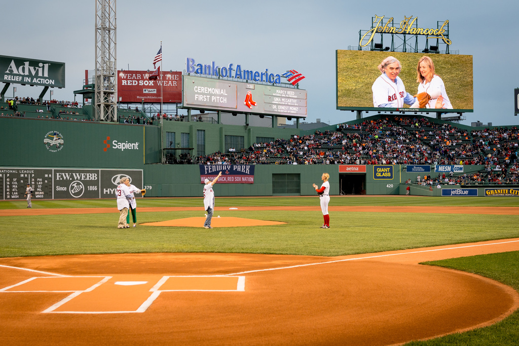 Office of the Administrator - Boston - Administrator Gina McCarthy in Boston throwing a pitch at Fenway Park and presenting an award to President and CEO of the New England Aquarium, Bud Ris [412-APD-1216-D823089.jpg]