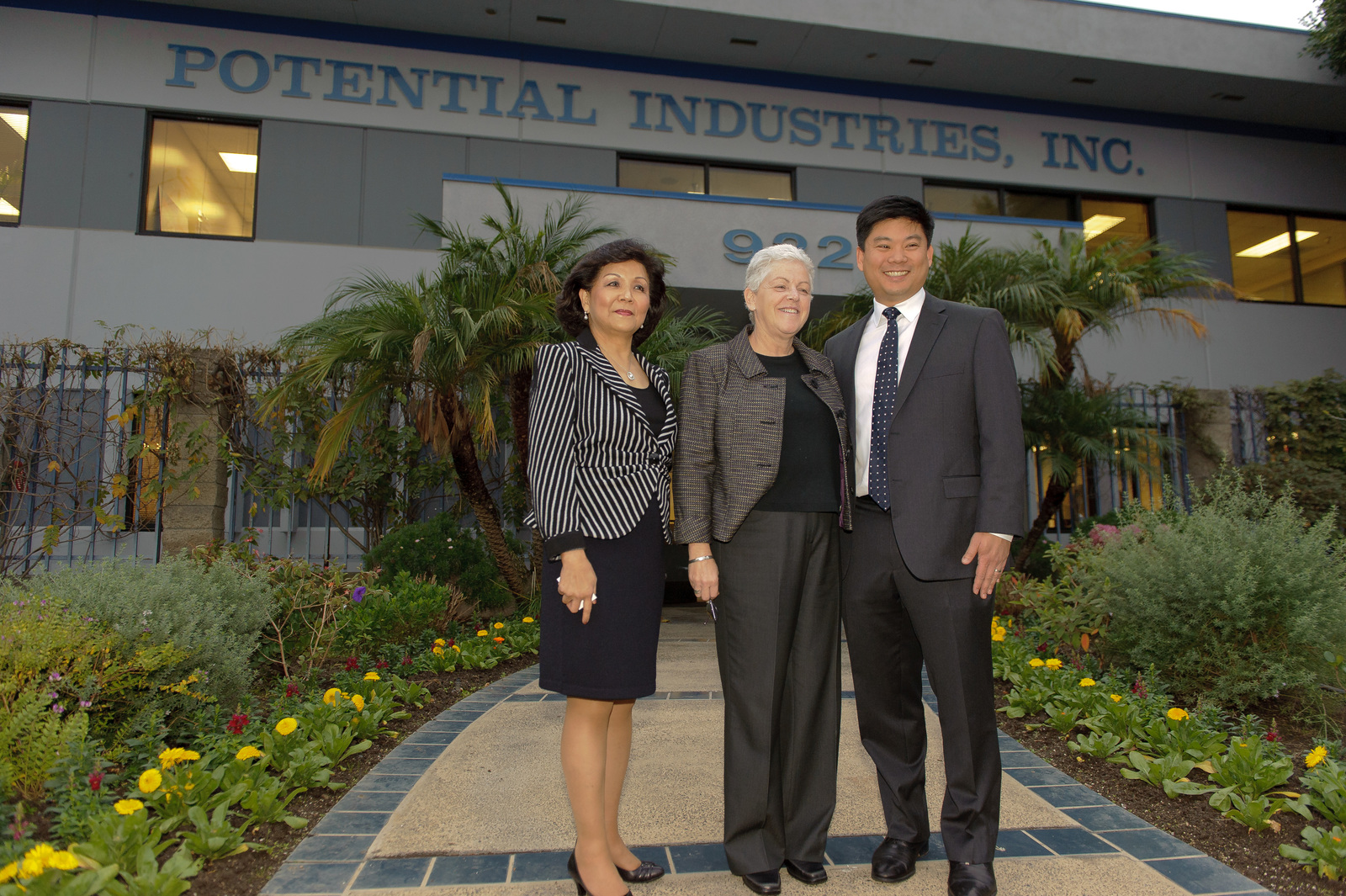 Office of the Administrator - Los Angeles, California [412-APD-1168-2013-11-21_LA_125.jpg]
