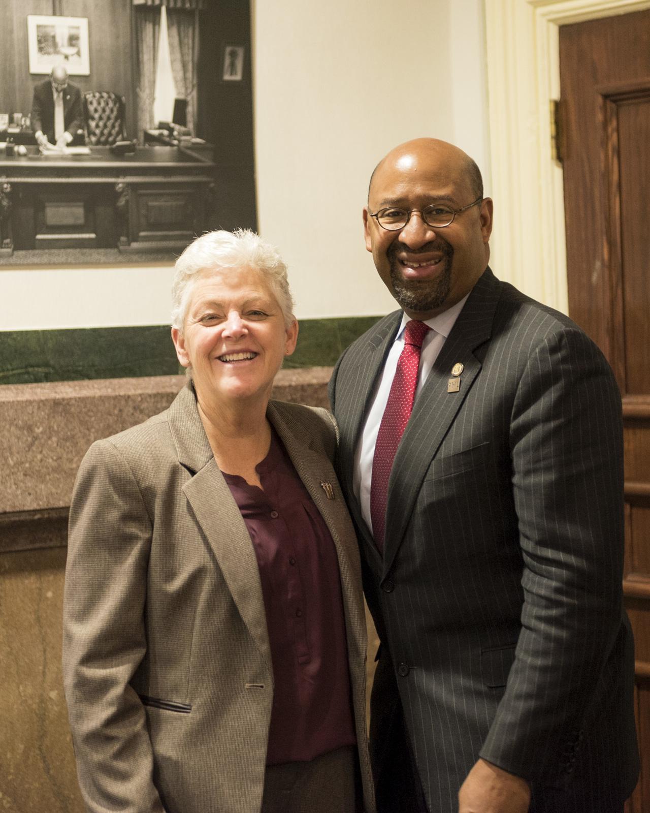 Office of the Administrator - Philadelphia - Administrator Gina McCarthy visiting the Food Lab at Drexel University [412-APD-1265-2014-11-14_Philadelphia_045.jpg]