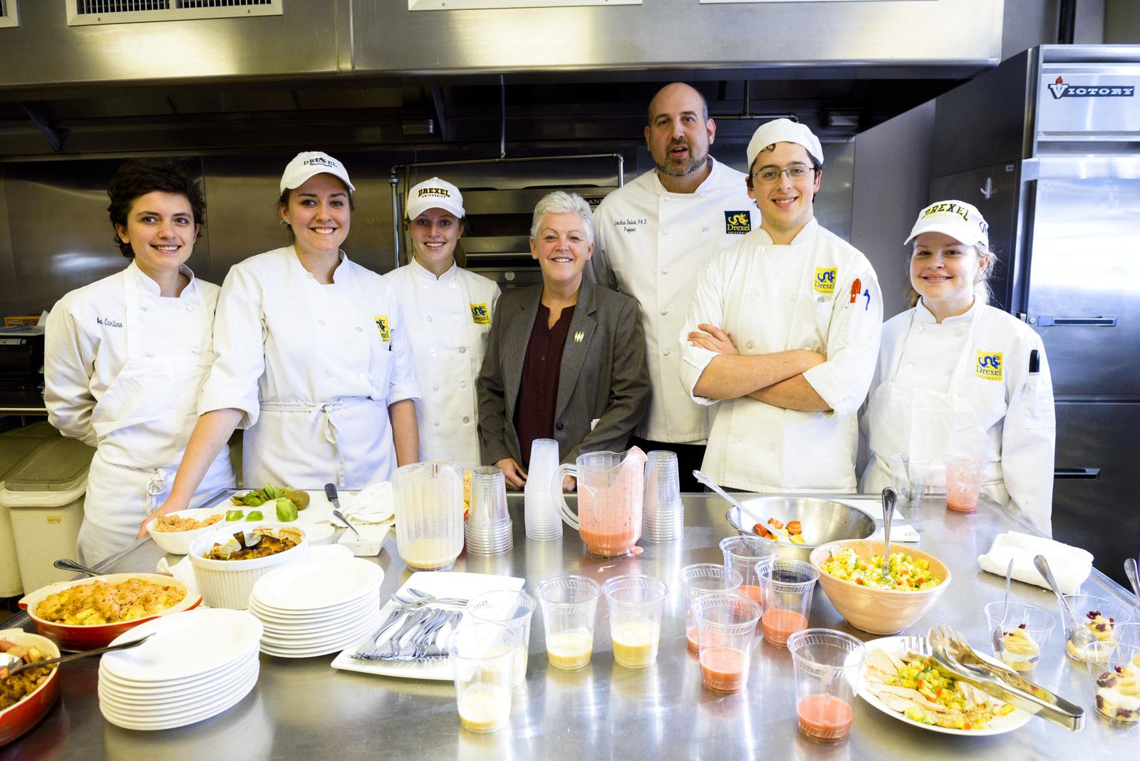 Office of the Administrator - Philadelphia - Administrator Gina McCarthy visiting the Food Lab at Drexel University [412-APD-1265-2014-11-14_Philadelphia_031.jpg]