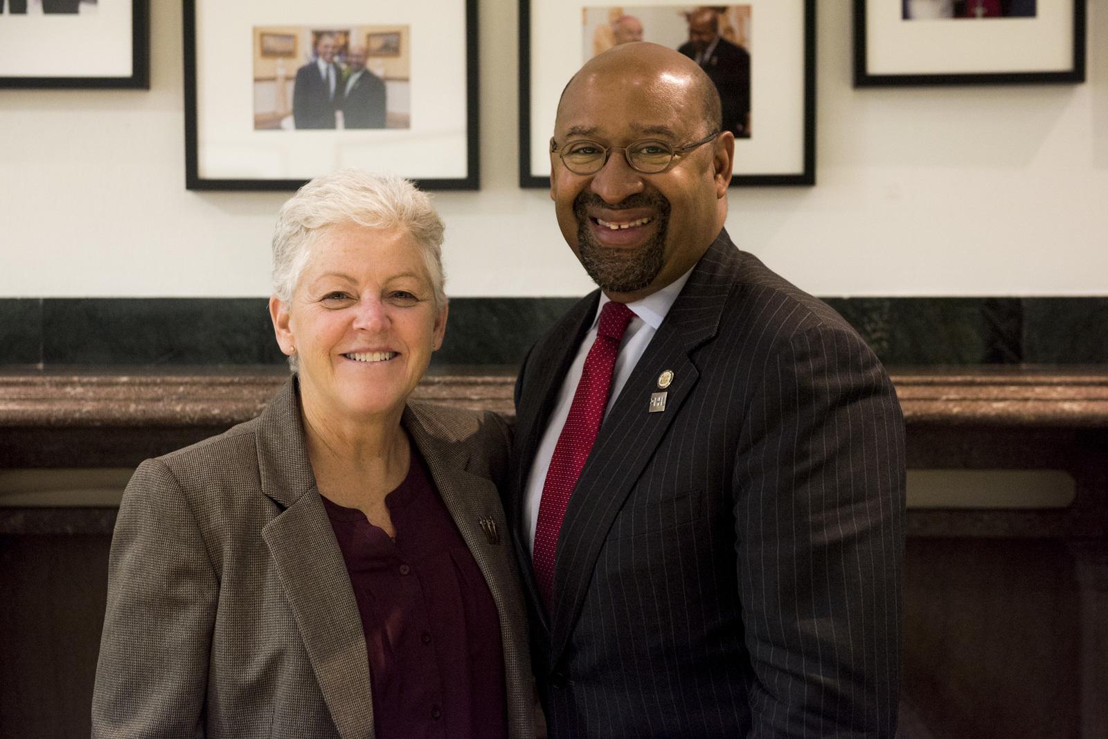 Office of the Administrator - Philadelphia - Administrator Gina McCarthy visiting the Food Lab at Drexel University [412-APD-1265-2014-11-14_Philadelphia_044.jpg]