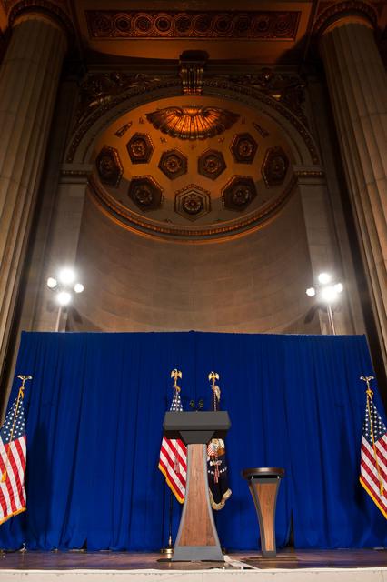 Office of the Administrator - President Obama [412-APD-1097-2012-12-10_PresidentObama_002.jpg]