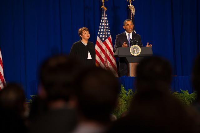 Office of the Administrator - President Obama [412-APD-1097-2012-12-10_PresidentObama_079.jpg]