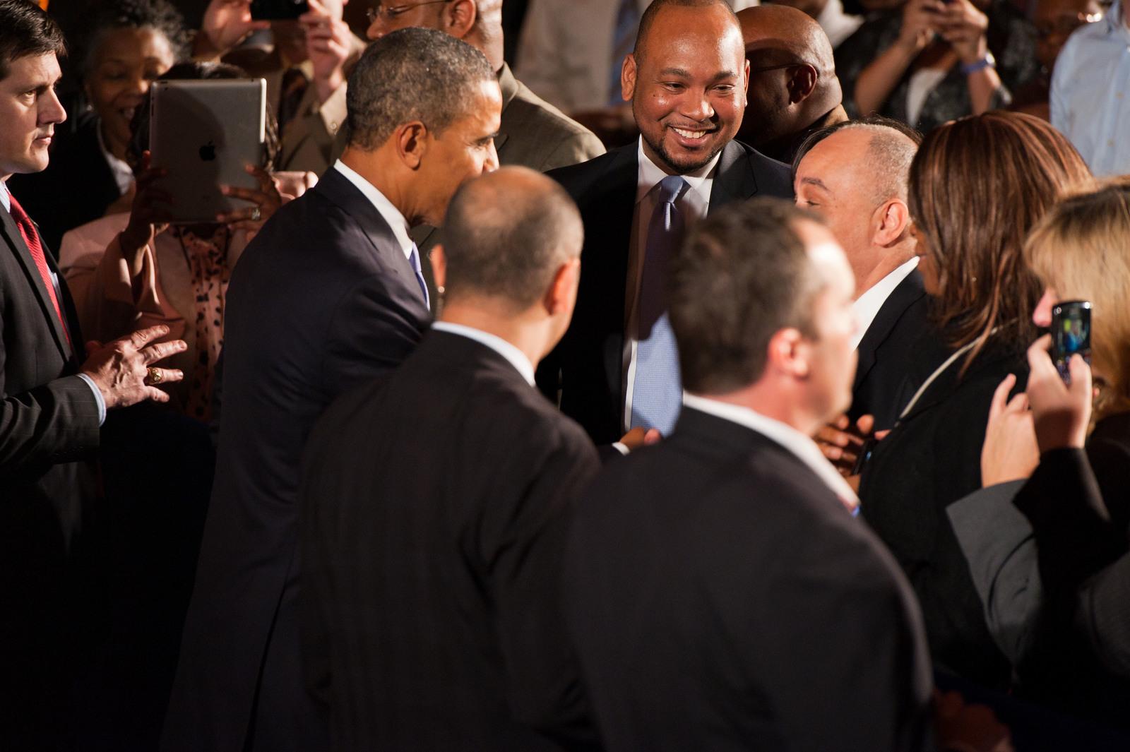 Office of the Administrator - President Obama [412-APD-1097-2012-12-10_PresidentObama_093.jpg]
