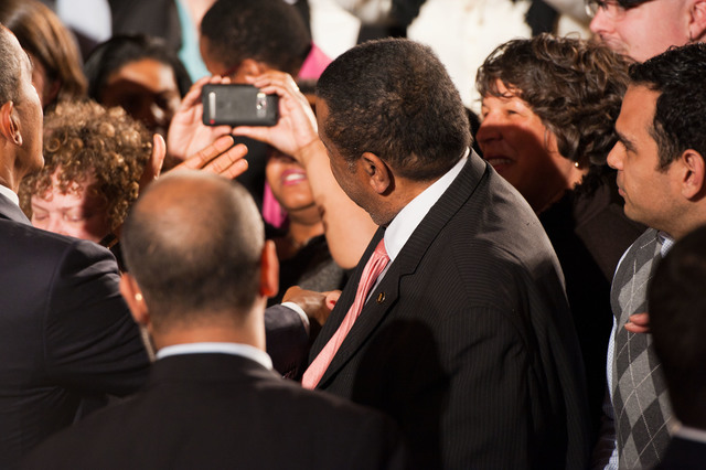 Office of the Administrator - President Obama [412-APD-1097-2012-12-10_PresidentObama_110.jpg]