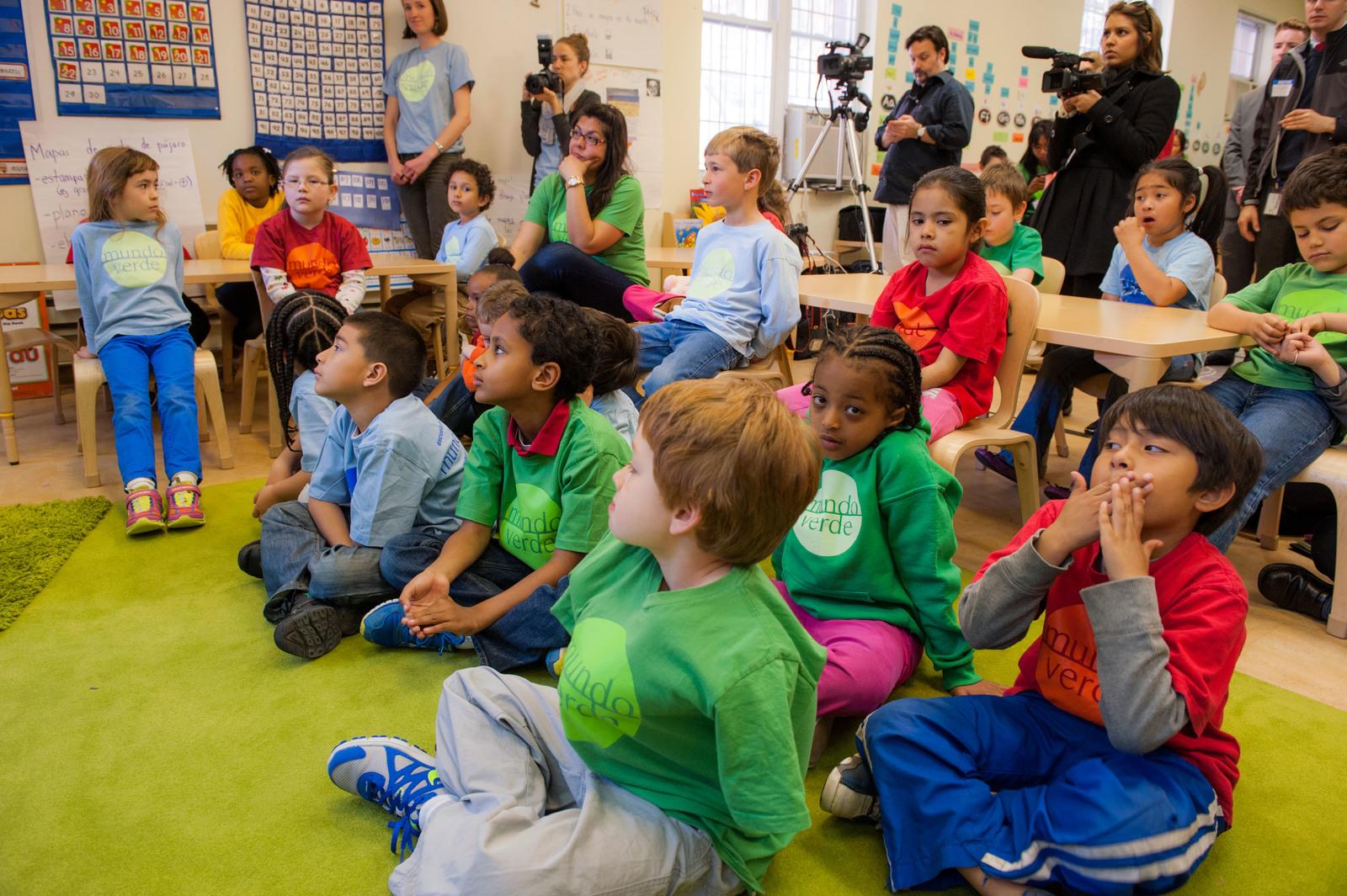 Office of the Deputy Administrator - Mundo Verde - Green Ribbon School [412-APD-1338-2013-04-22_GreenRibbonSchool_068.jpg]