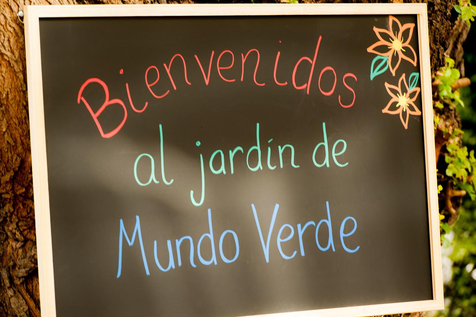 Office of the Deputy Administrator - Mundo Verde - Green Ribbon School [412-APD-1338-2013-04-22_GreenRibbonSchool_038.jpg]