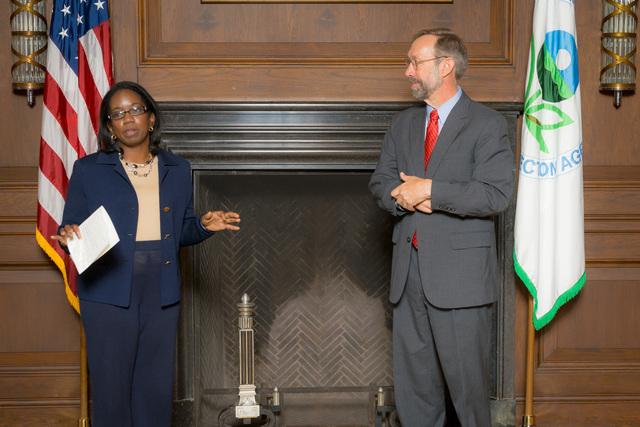 Office of the Deputy Administrator - Stan Meiburg Takes Oath of Office [412-APD-1356-2014-10-05_MeiburgOath_001.jpg]
