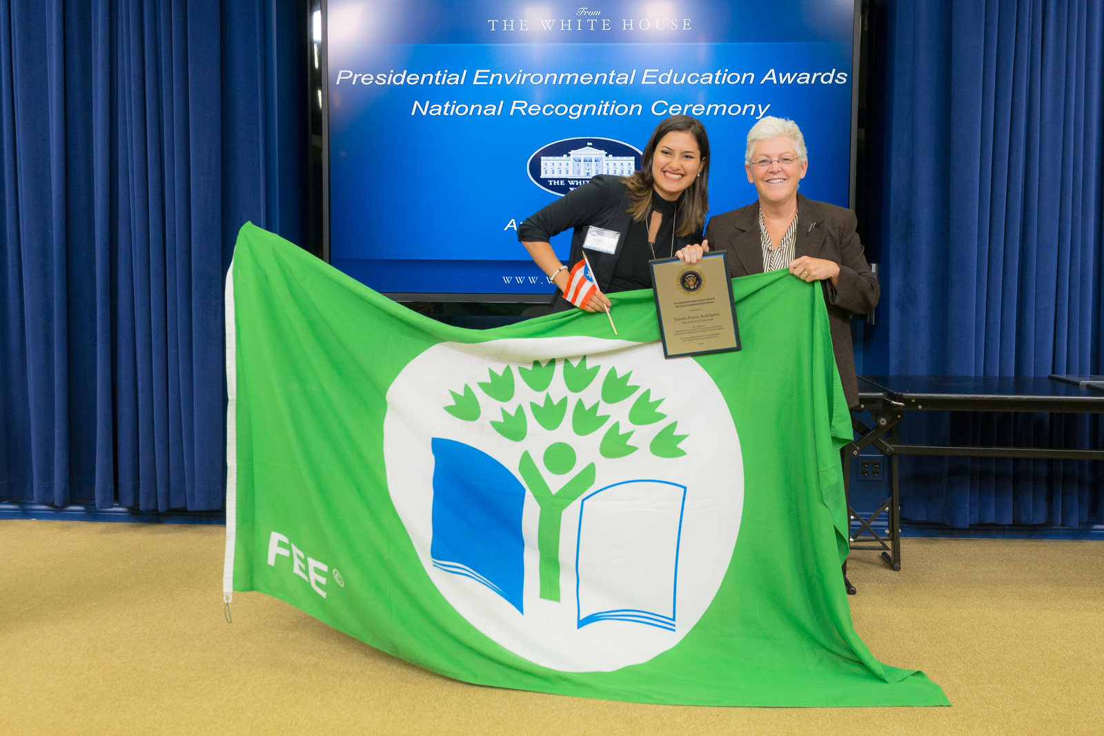 President's Environmental Youth Awards - Presidential Environmental Education Awards [412-APD-1423-2014-08-12_PEYA_204.jpg]