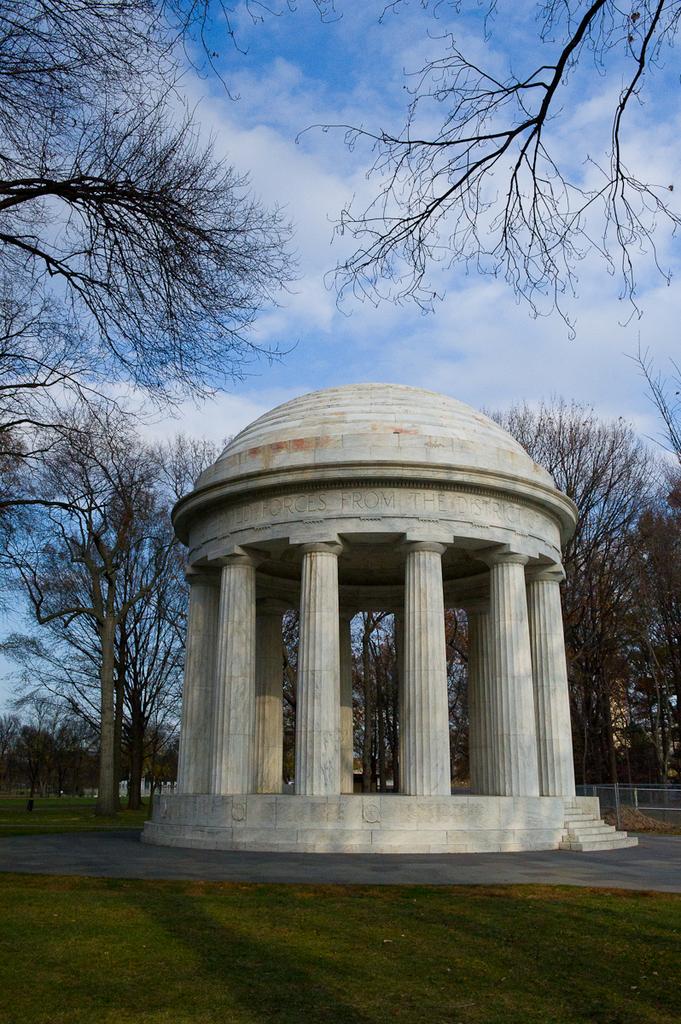 Scenic views, Washington, D.C. : [Buildings, monuments, streets, nature]