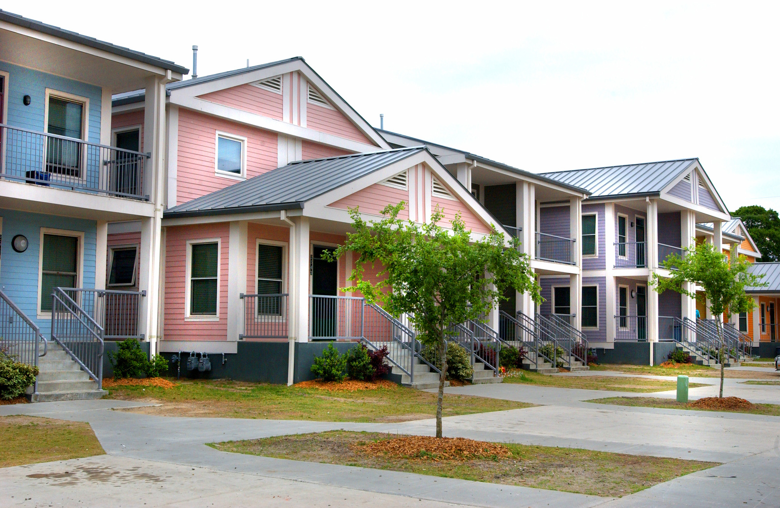 [Select views of}  New Orleans, Louisiana:  New homeowners, [housing,  neighborhoods,] city scenes