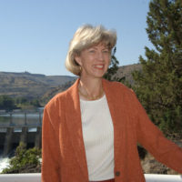Secretary Gale Norton in the vicinity of the Pelton Reregulating Hydroelectric Dam in Warm Springs, Oregon, during her visit to participate in events marking a federal, tribal, corporate agreement concerning Deschutes River ecological protection and Portland General Electric hydroelectric facility relicensing