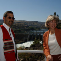 Secretary Gale Norton, right, near the Pelton Reregulating Hydroelectric Dam in Warm Springs, Oregon, during her visit to participate in events marking a federal, tribal, corporate agreement concerning Deschutes River ecological protection and Portland General Electric hydroelectric facility relicensing