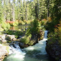 Rogue-Umpqua Scenic Byway - An Idyllic Backdrop at the Woodruff Bridge